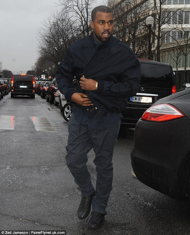 Kanye West Drives A Matte Black Porsche To Paris Fashion