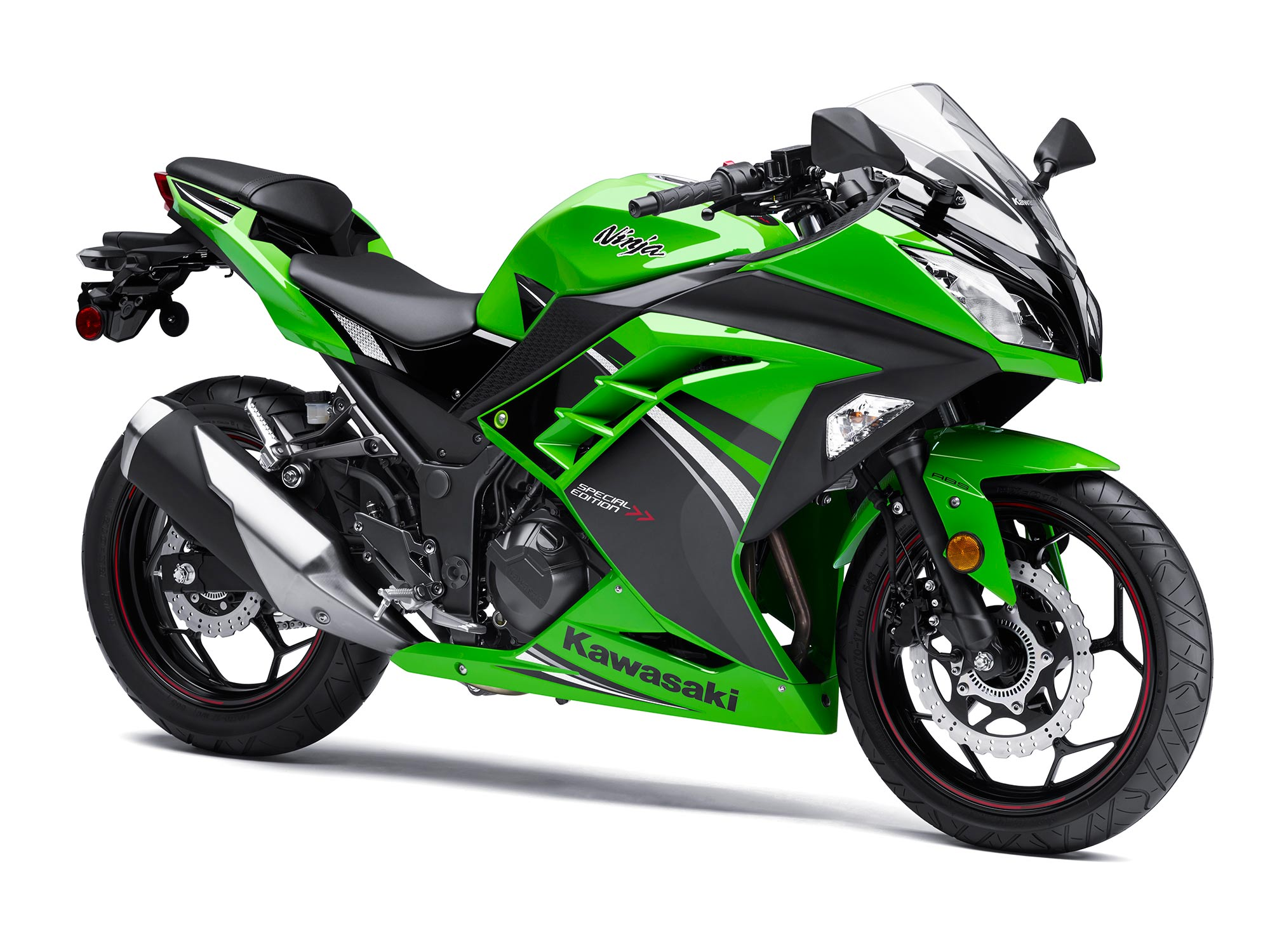 kawasaki unwraps 2014 ninja 300 abs se autoevolution. Black Bedroom Furniture Sets. Home Design Ideas