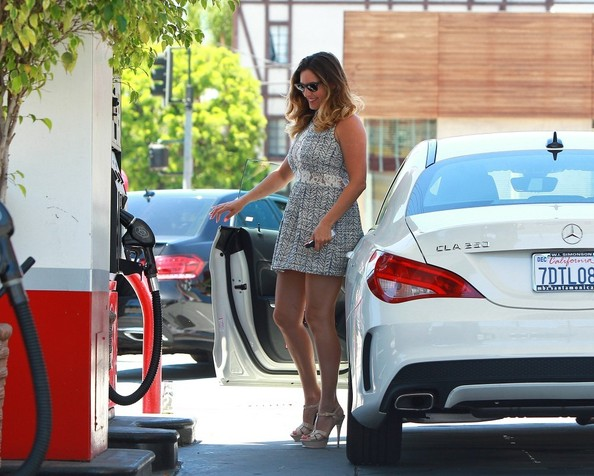 Kelly Brook Is Hot Driving Her Mercedes Cla 250 Never