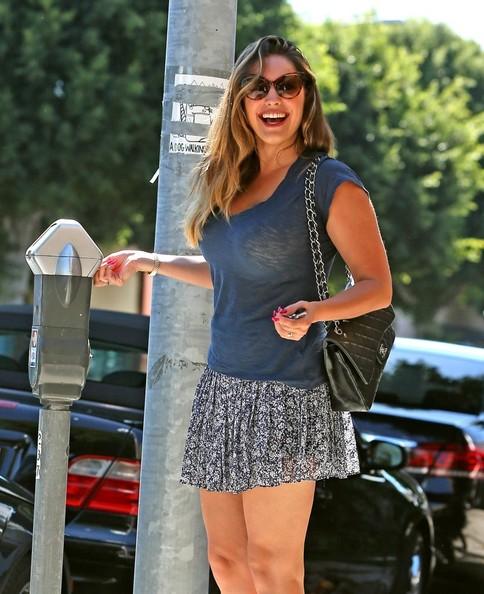 Mercedes Benz Cla >> Kelly Brook Seen Driving Her Mercedes C250: Miniskirt and ...