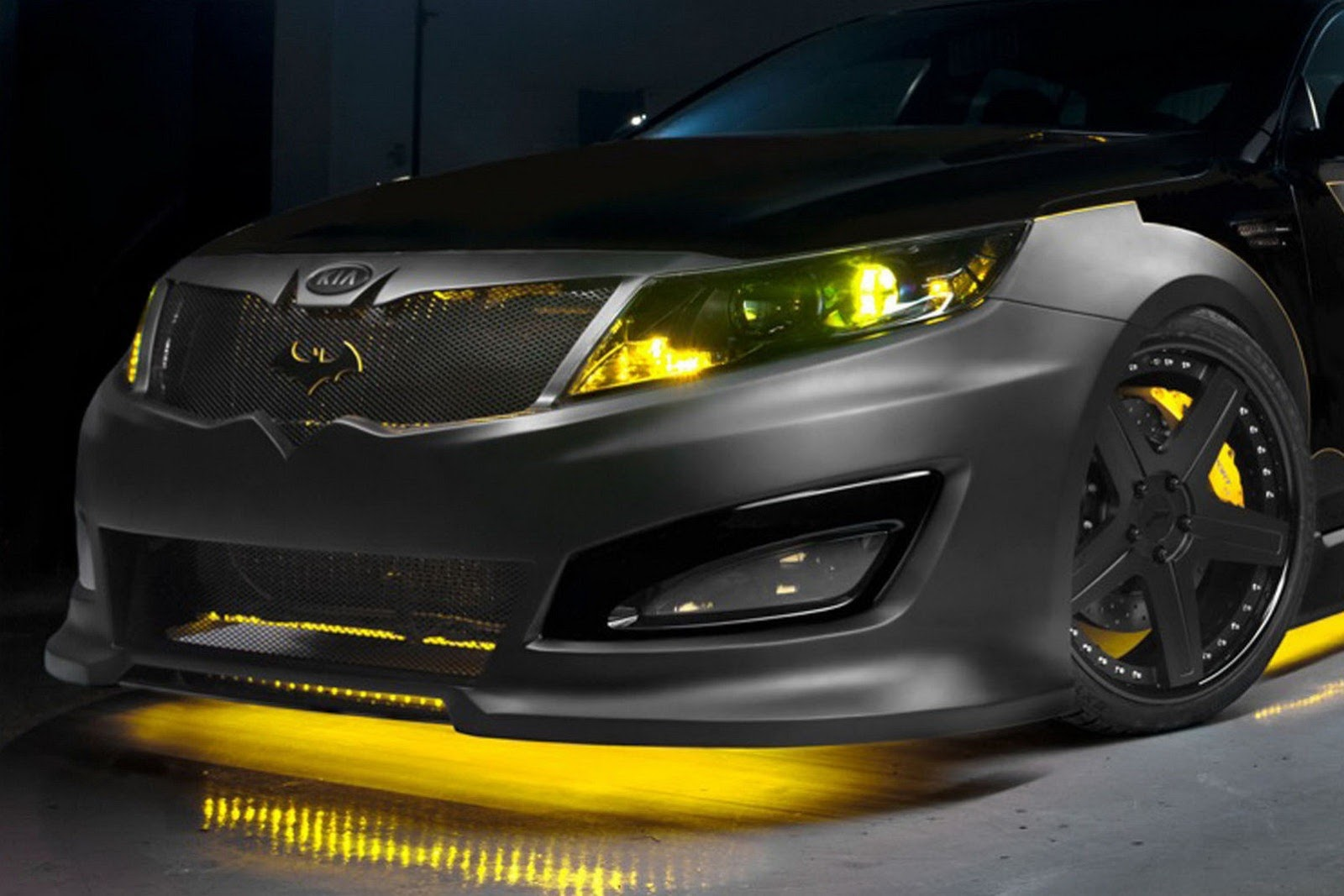 Kia Builds Batman Themed Optima Sedan To Battle Hunger