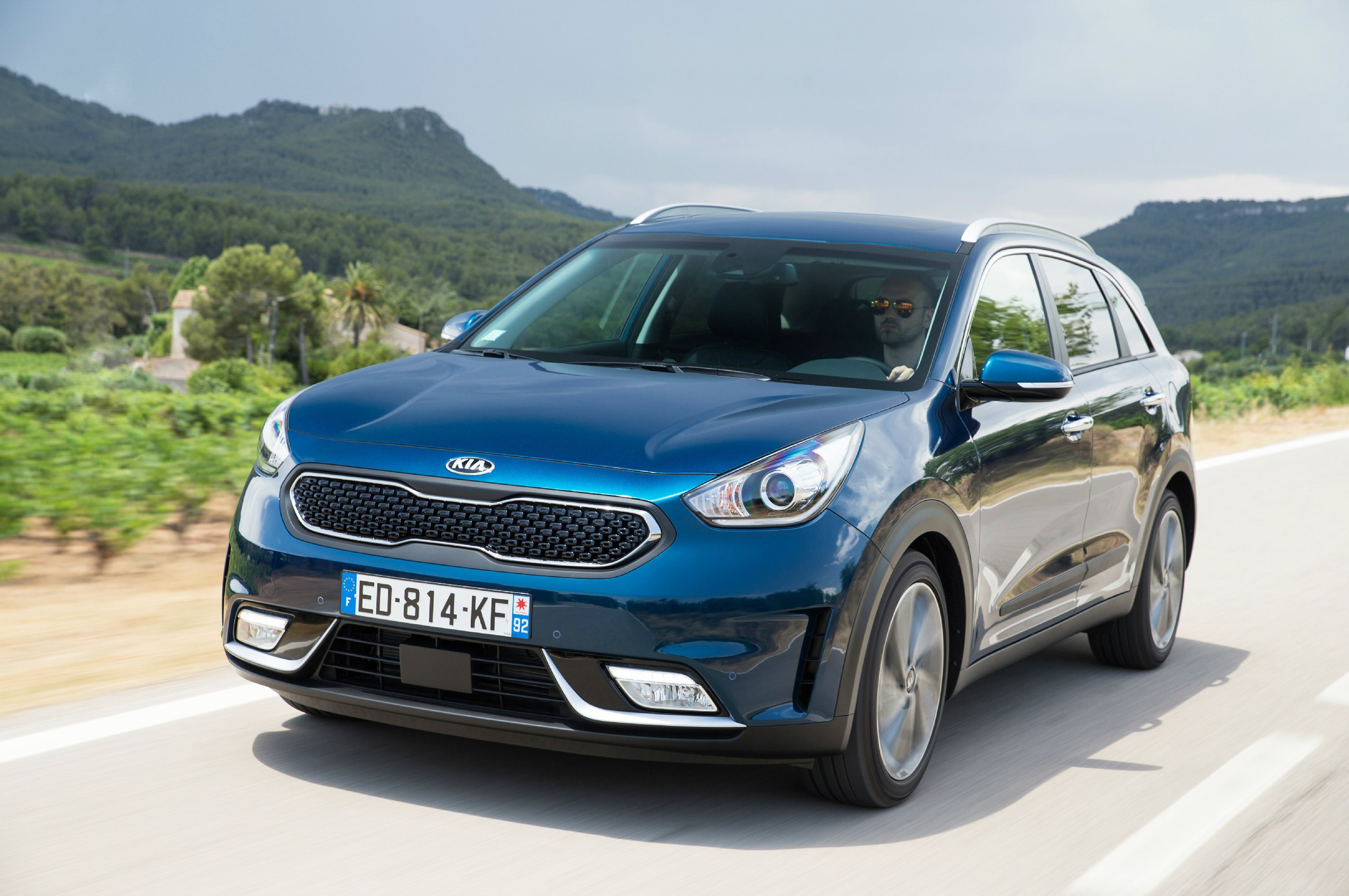 2017 Kia Niro Priced in Europe - autoevolution