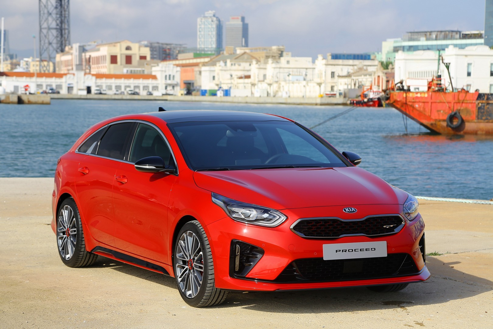 kia proceed gt and ceed gt star in fresh real life photos. Black Bedroom Furniture Sets. Home Design Ideas