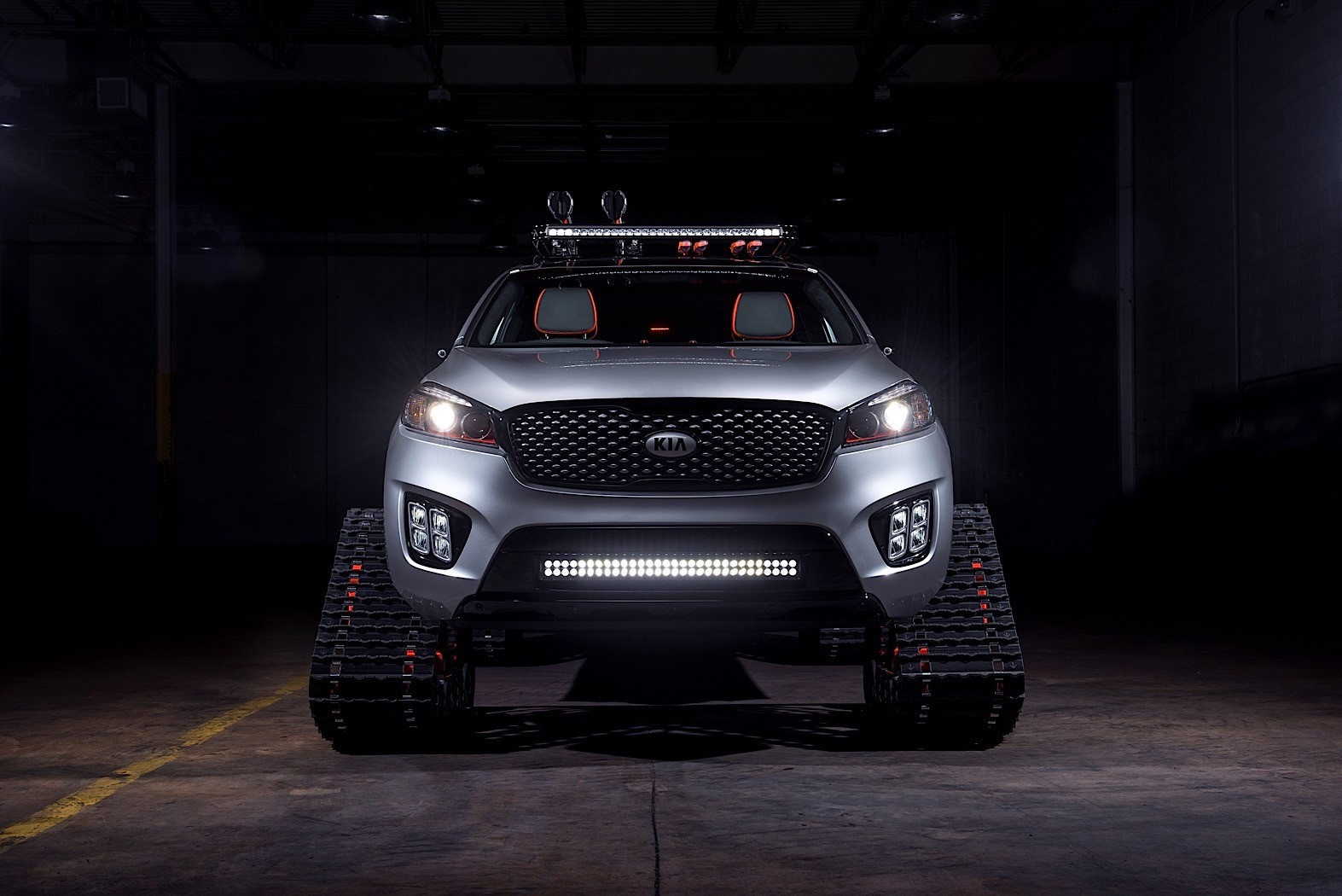New Kia Sorento Interior Design Revealed In First Teaser