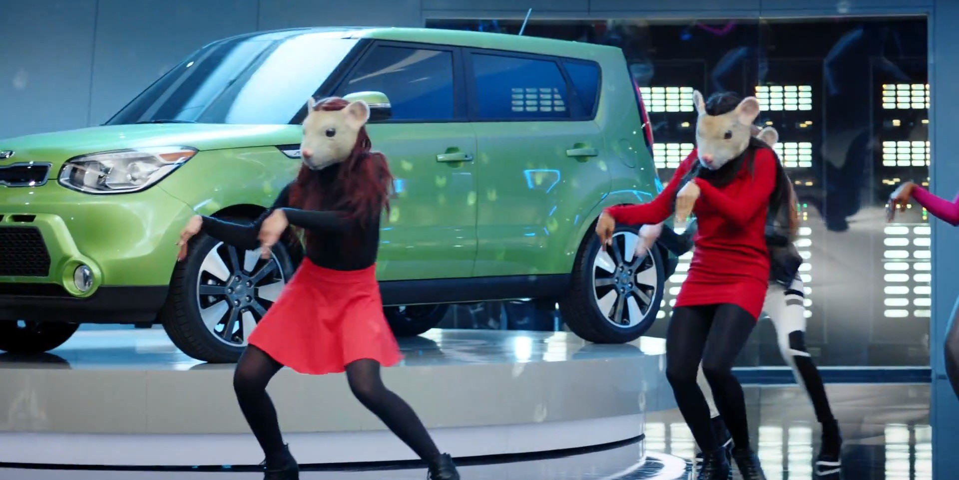 Good Kia Soul EV Gets Its Furry Latex Freak On In Latest Hamster Commercial ...