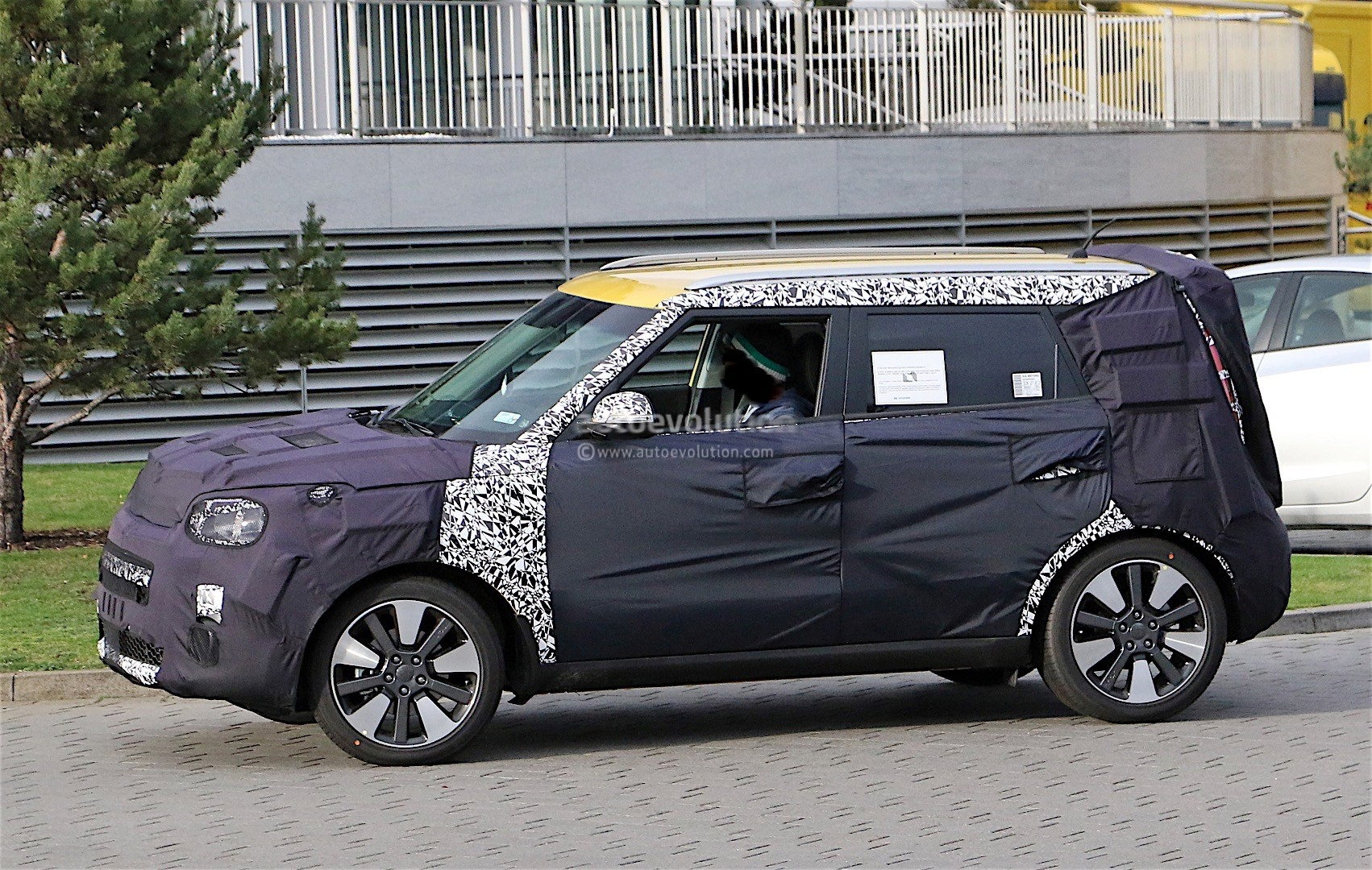 2017 kia soul facelift spotted for the first time autoevolution. Black Bedroom Furniture Sets. Home Design Ideas