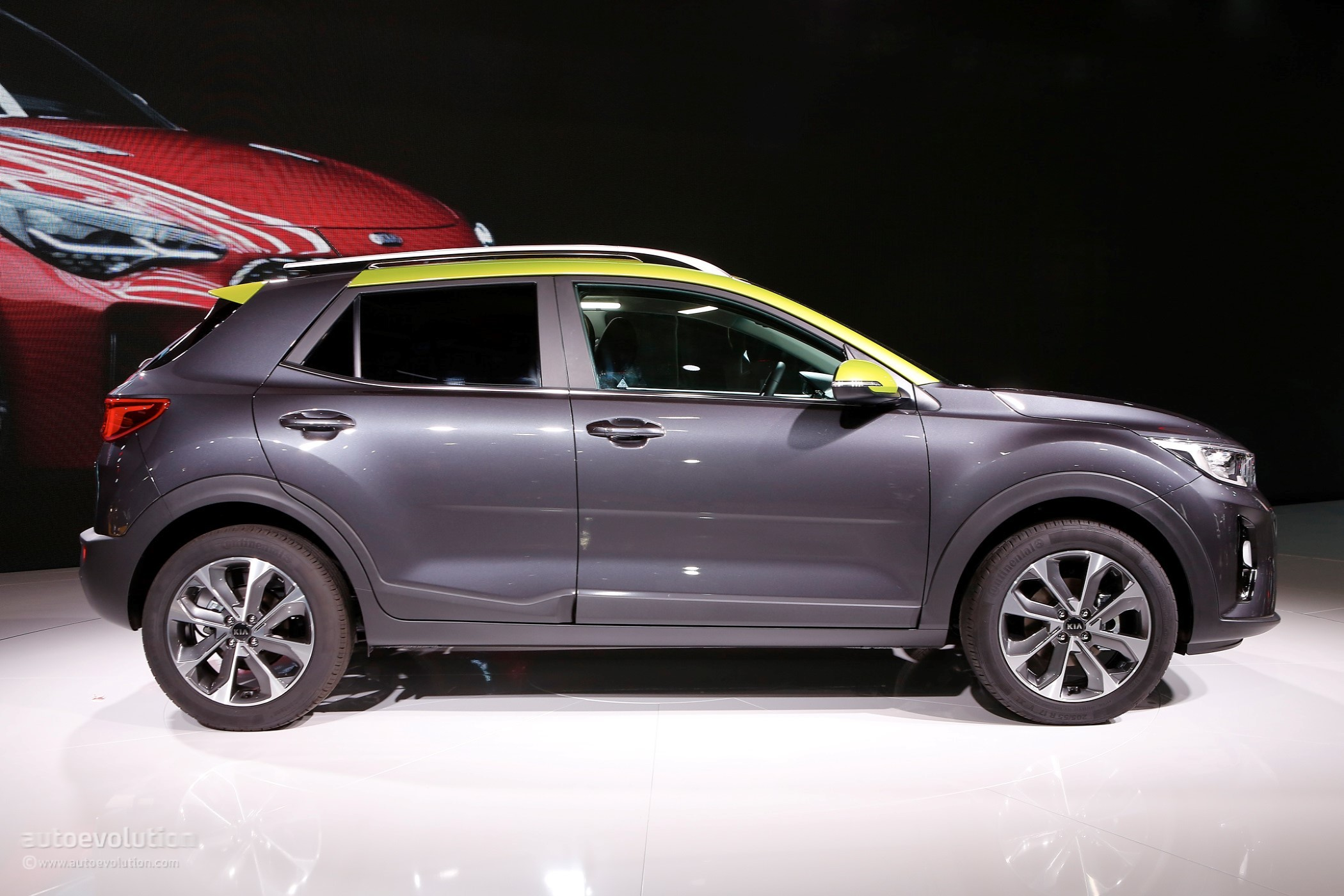 2018 Kia Stonic Looks Conservative Compared To New Hyundai
