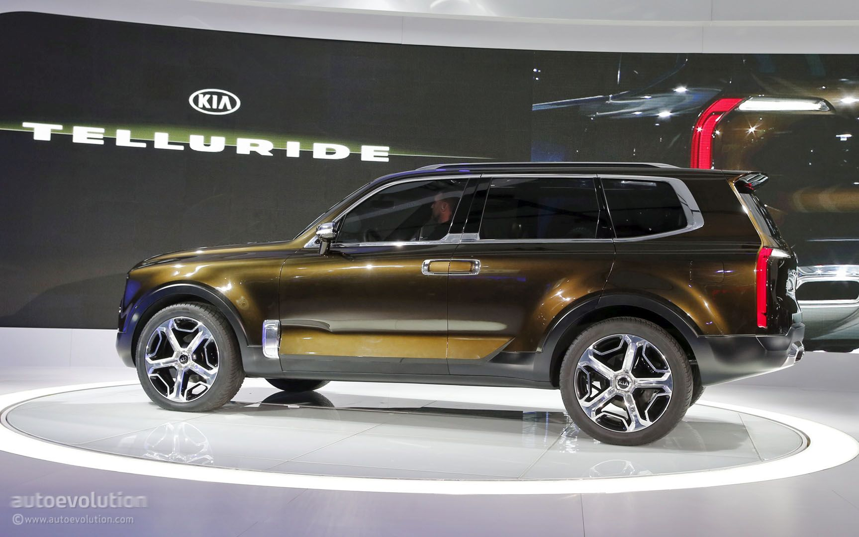 kia telluride concept mixes 400 hybrid hp sorento platform and bad boy suv looks autoevolution. Black Bedroom Furniture Sets. Home Design Ideas