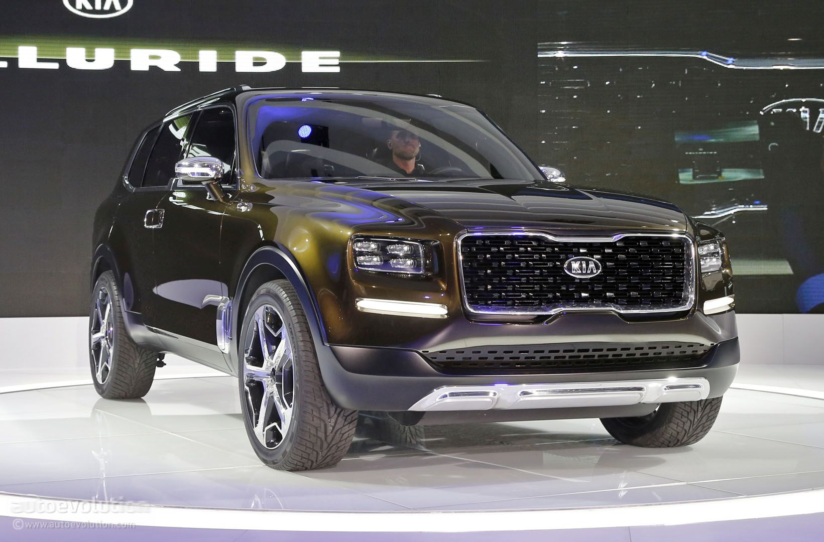 kia telluride concept mixes 400 hybrid hp sorento platform and bad