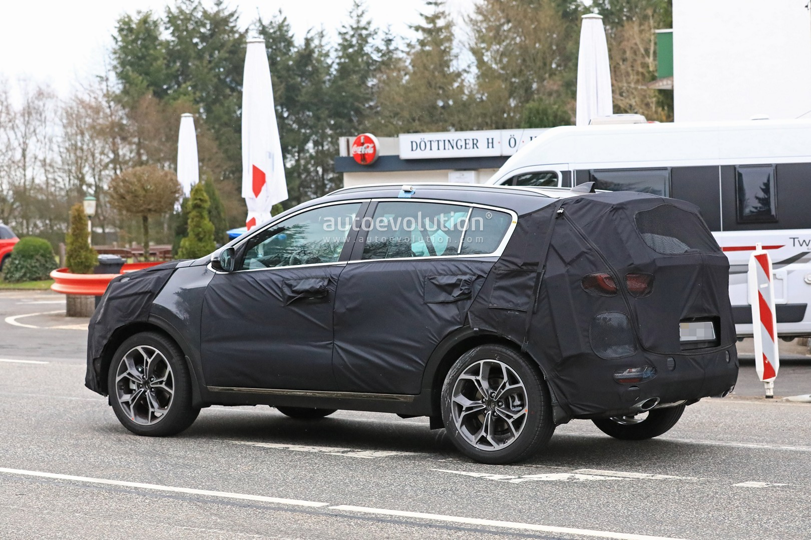 kia to launch new sportage with ecodynamics diesel mild. Black Bedroom Furniture Sets. Home Design Ideas