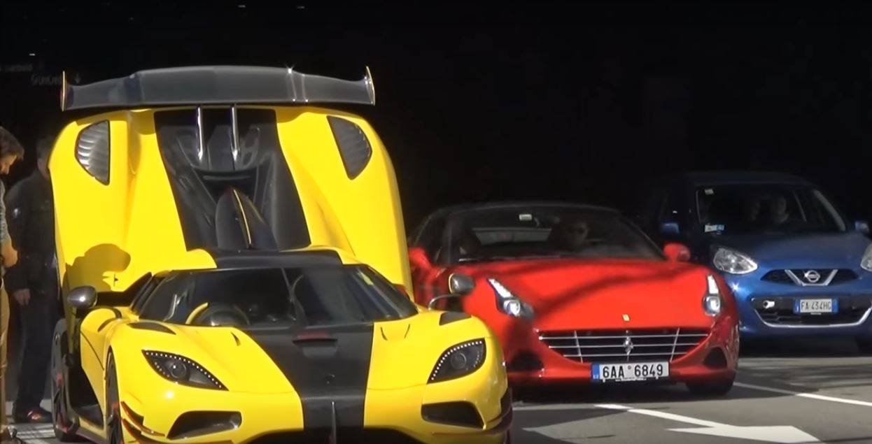 koenigsegg agera rs has black smoke moment in milan