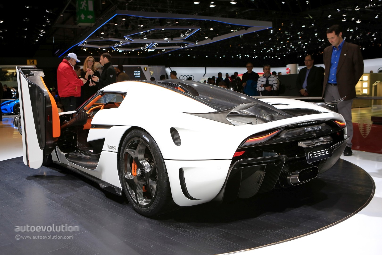 Koenigsegg Regera 2018 >> Koenigsegg Confirms Agera RS Replacement for 2019 Geneva, Displays Regeras Now - autoevolution