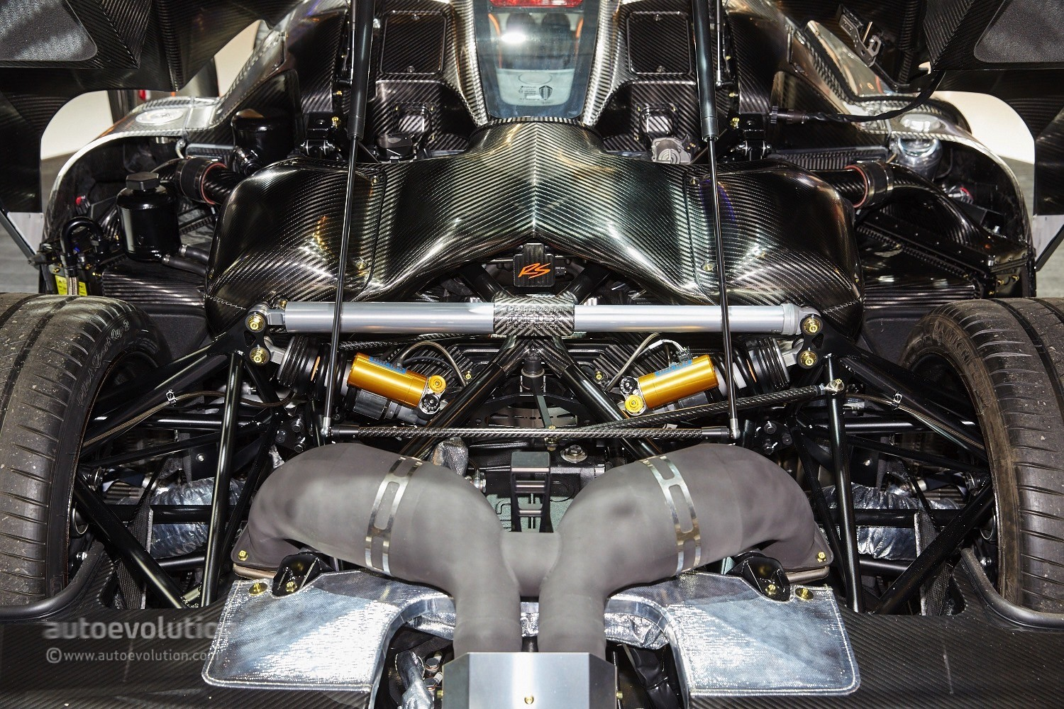 Koenigsegg Working On 1 6 Liter Four Cylinder Engine With