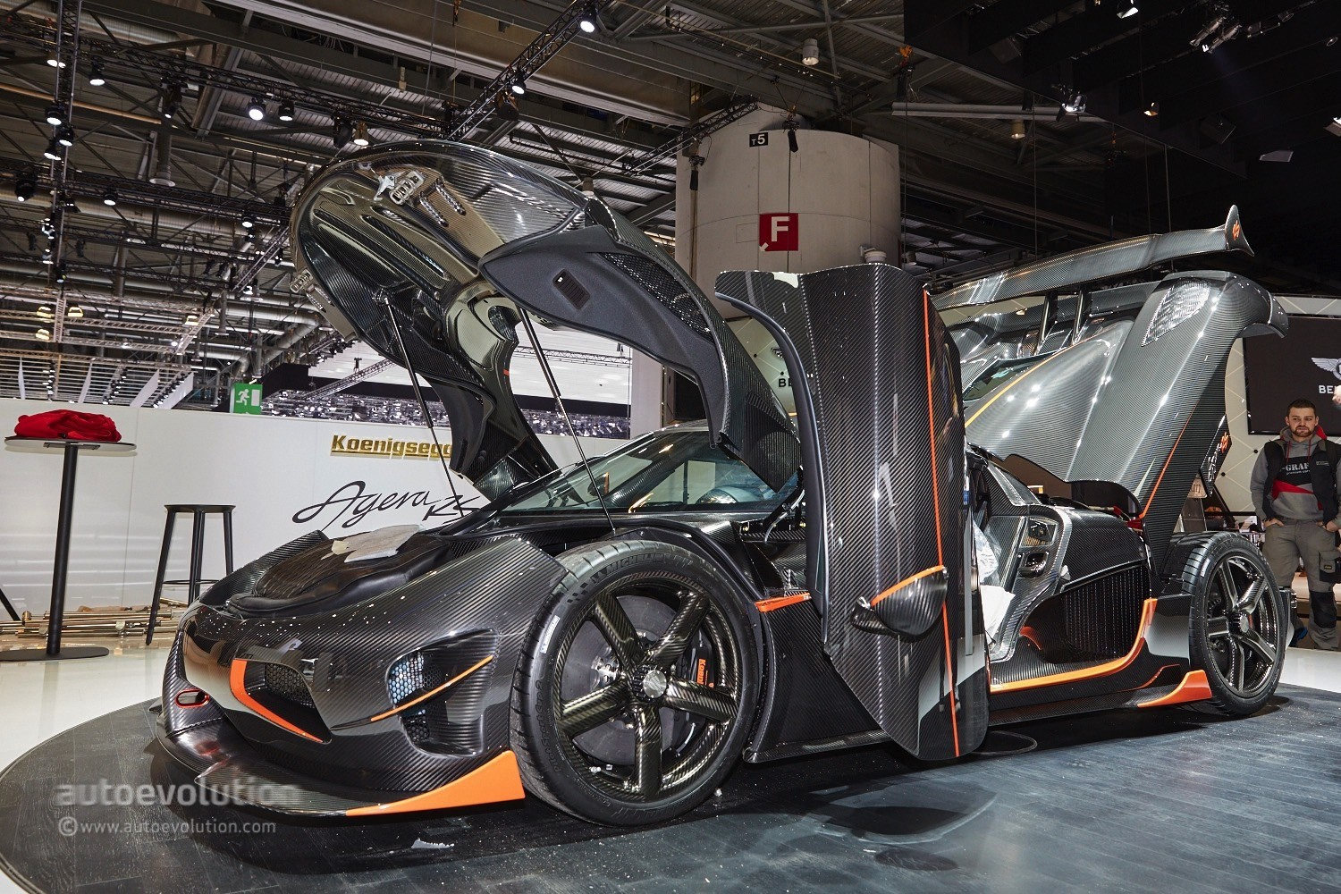 Koenigsegg Signs Up Dealerships in America, First ...