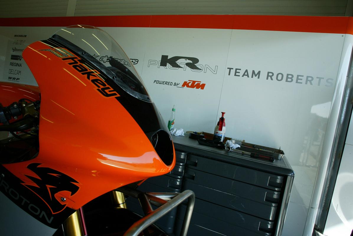 KTM Confirms Smith & Espargaro for 2018 in MotoGP