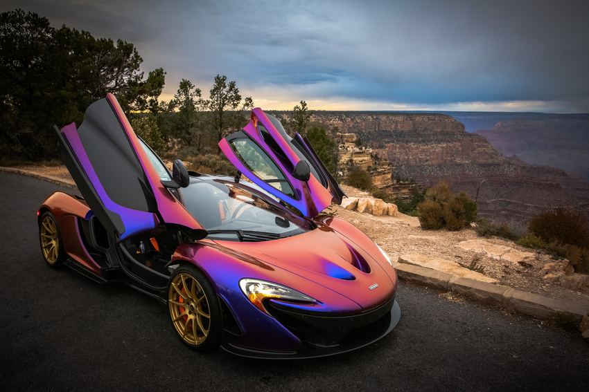 l a angels pitcher c j wilson takes his purple mclaren p1 to the grand canyon autoevolution. Black Bedroom Furniture Sets. Home Design Ideas