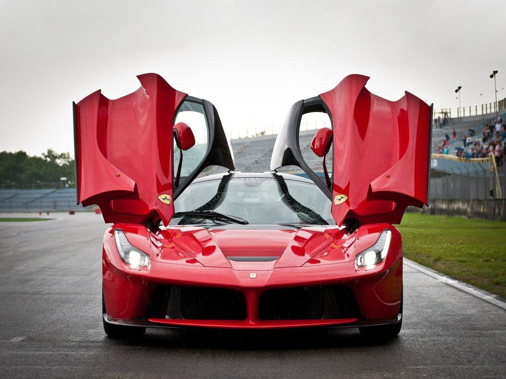 Final laferrari coupe heads to auction proceeds go to for Charity motors auction 8 mile