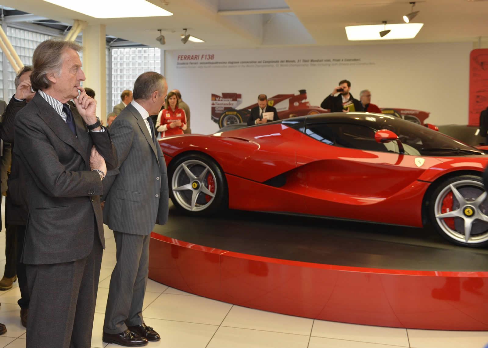 LaFerrari Showcased at the Ferrari Museum in Maranello  autoevolution