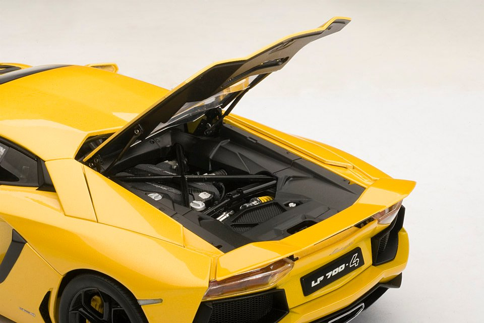 rc car lego with Lamborghini Aventador 118 Scale Model The Next Best Thing Photo Gallery 52519 on 2rrni21 as well Watch together with Watch also 148646 Lego Technic Mercedes Benz Zetros 3643 As6x6 Crewcab Tractor Truck moreover Watch.