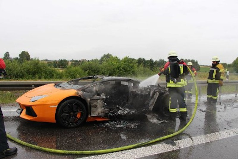 Lamborghini Aventador Burns To A Crisp On German Autobahn