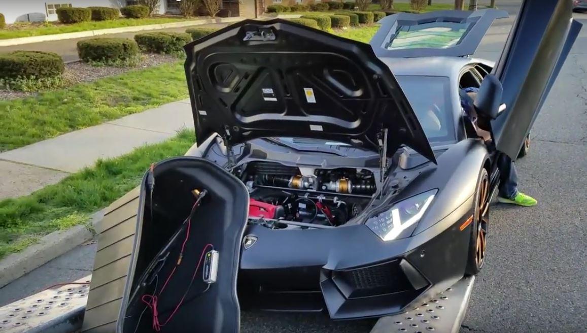 Lamborghini Aventador Gearbox Breaks Inside Delivery Truck Traps