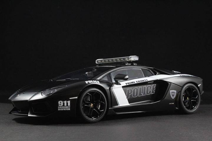 what is the biggest scale rc car with Lamborghini Aventador Police Car Scale Model 81595 on Everybodys Scalin For The Weekend Bigfoot 4x4 Monster Truck Spooktacular in addition 563052 Tested Axial Yeti Score Rc Truck in addition Trigger King Rc Mud And Monster Truck Series 24 likewise 42788 besides You Could Probably Ride To Work On This Badass 13 Scale Rc Truck.