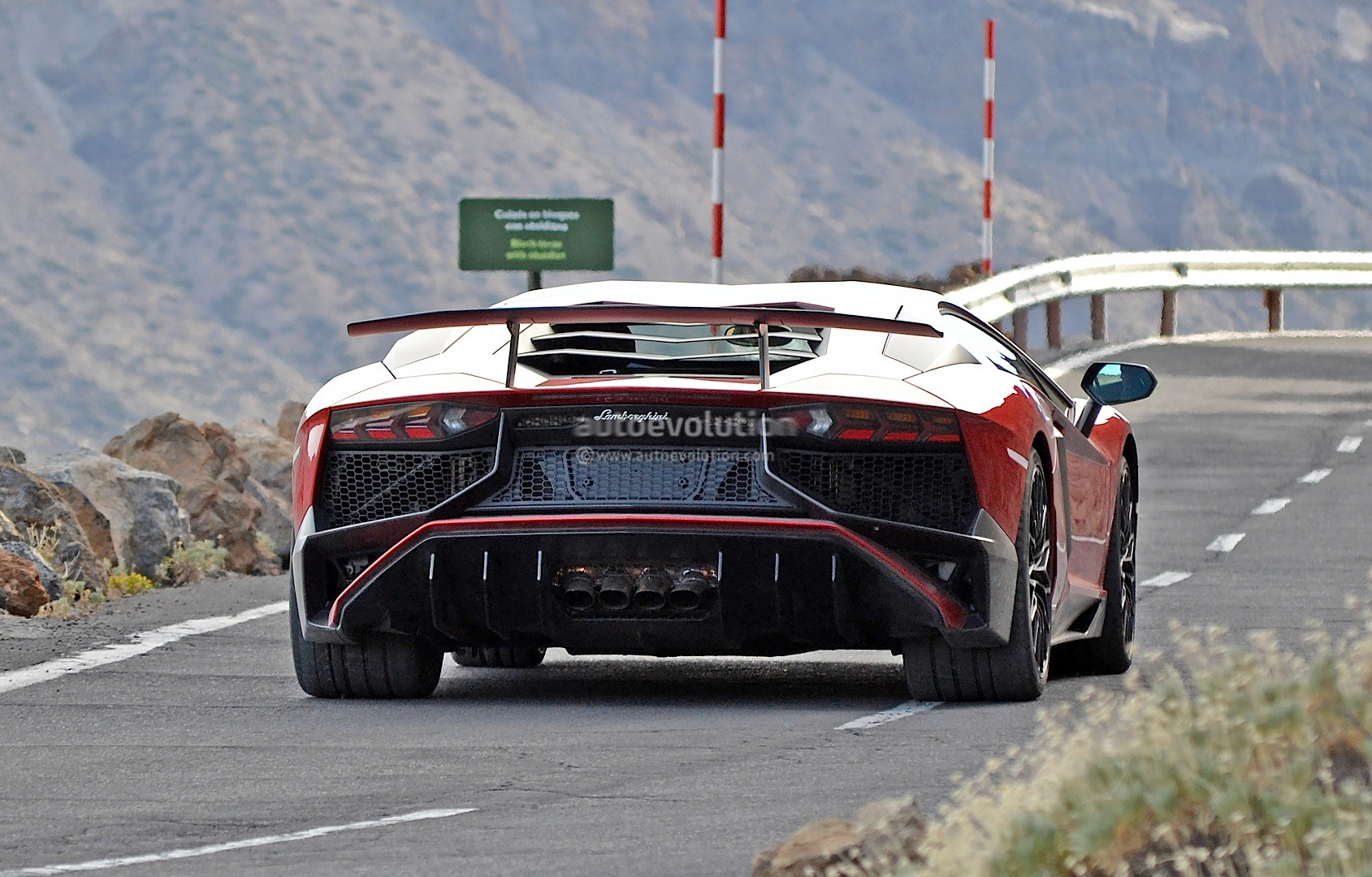Update Lamborghini Aventador Sv Spied Fully Undisguised