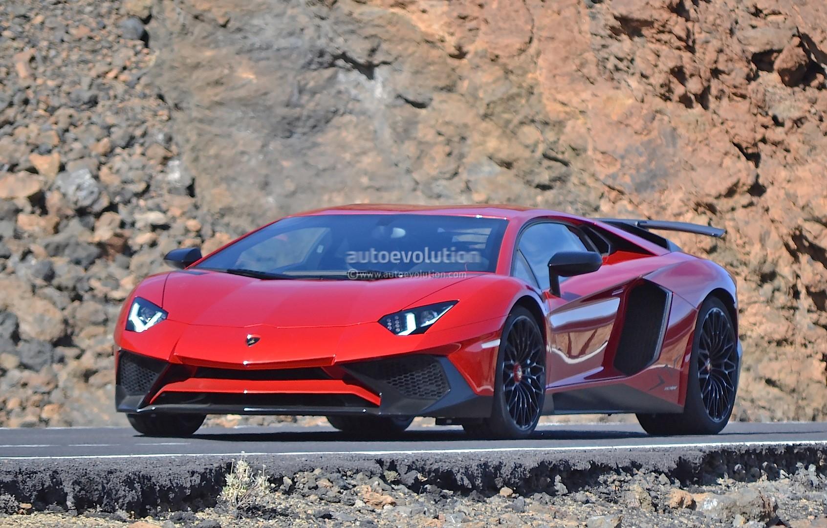 ... Lamborghini Aventador SV ...