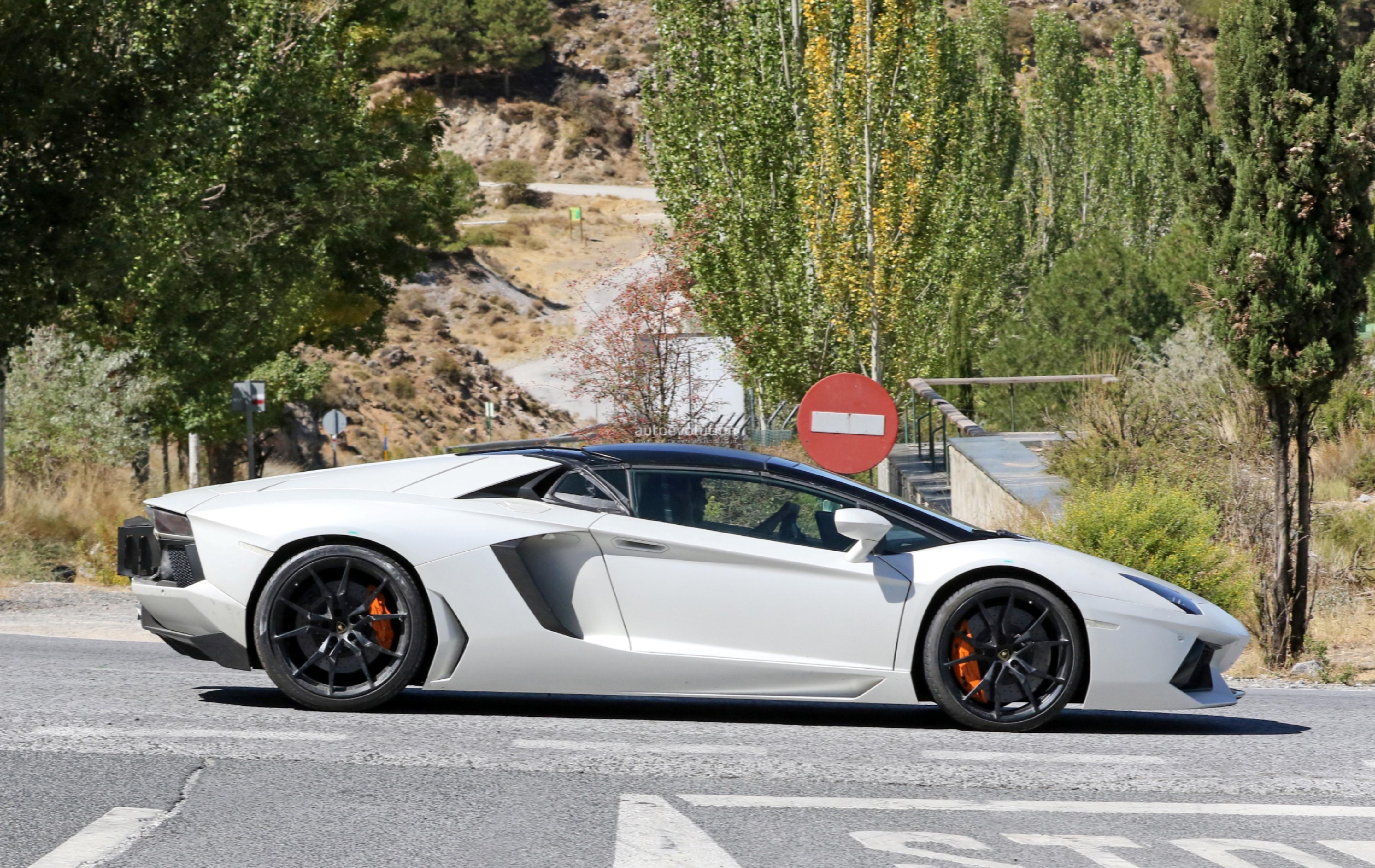Lamborghini Aventador Svj Spied With Aggressive Aero Gets Closer To Production Autoevolution