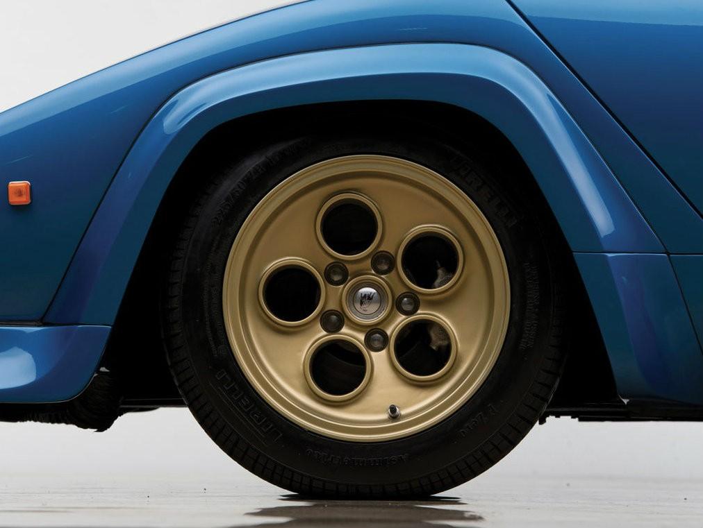 Колесные диски Lamborghini Countach LP400S