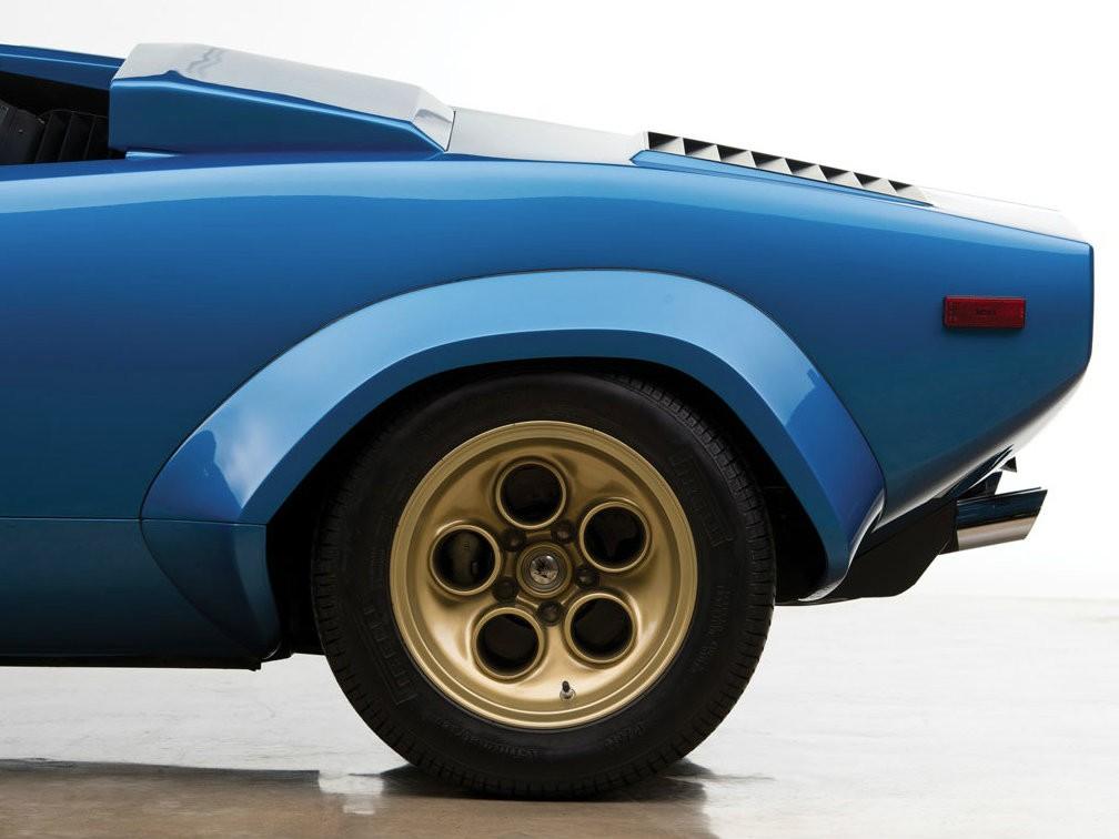 Колеса Lamborghini Countach LP400S