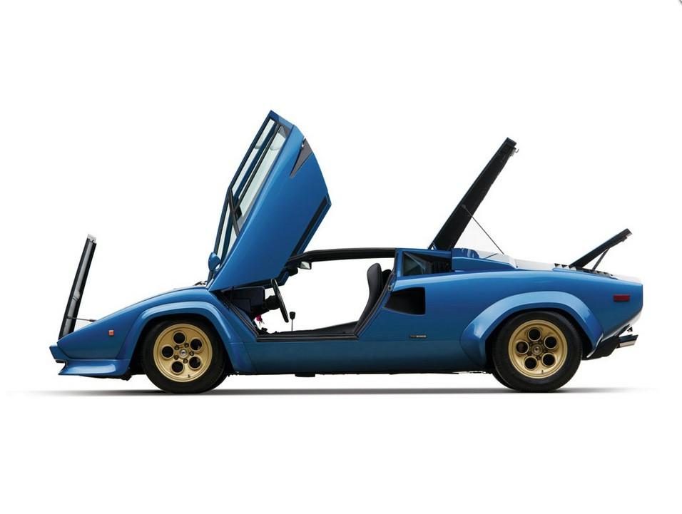Фото | Синяя Lamborghini Countach LP400S 1974 года