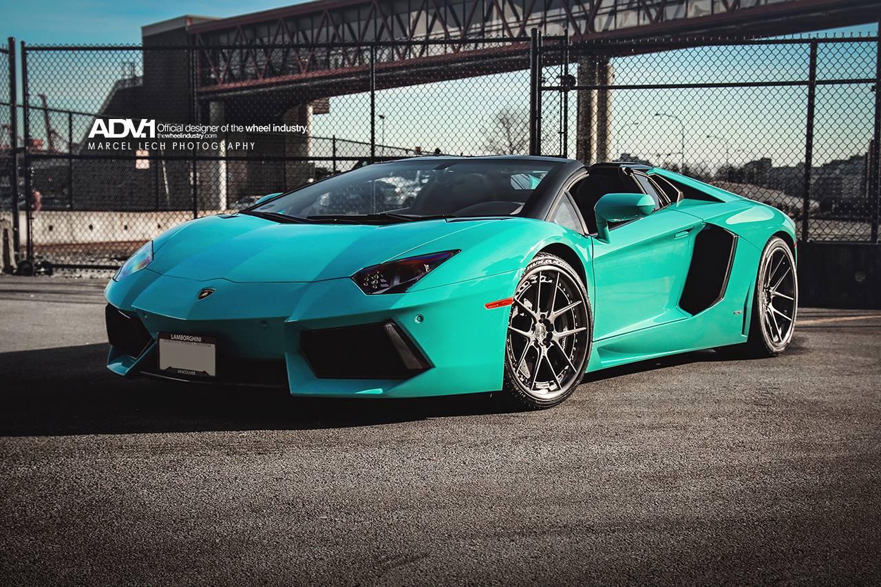 Lamborghini Creates Blu Glauco Color For Aventador