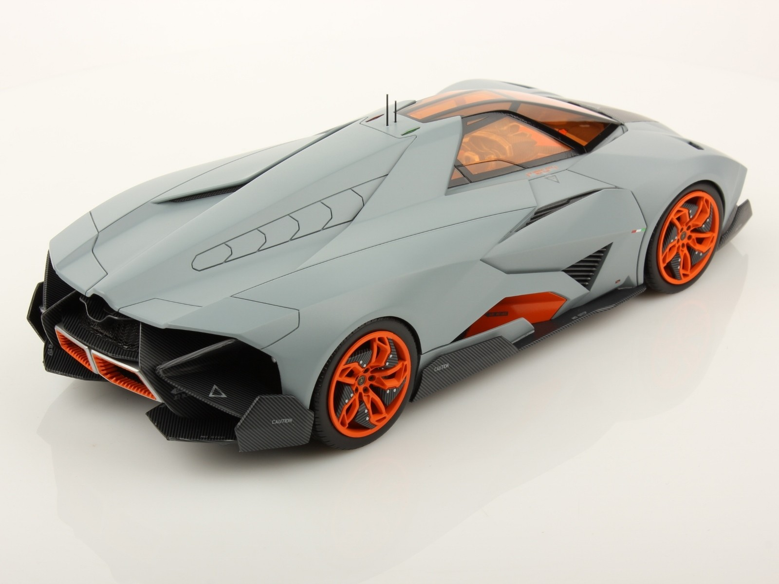 lamborghini egoista 1 18 scale model is more awesome than. Black Bedroom Furniture Sets. Home Design Ideas