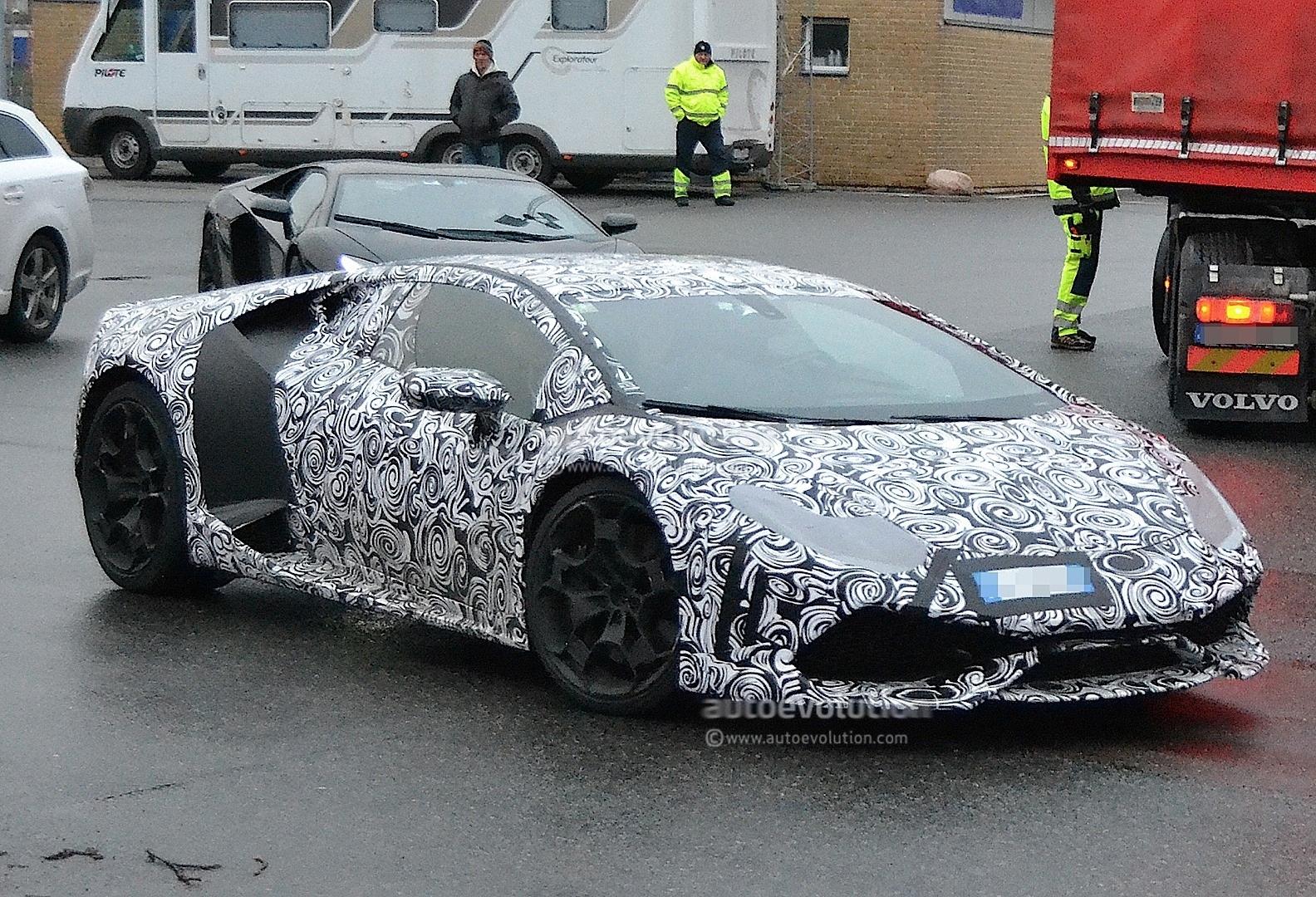 Listen To The Lamborghini Huracan Cabrera Engine Sound Spied On Autobahn Autoevolution