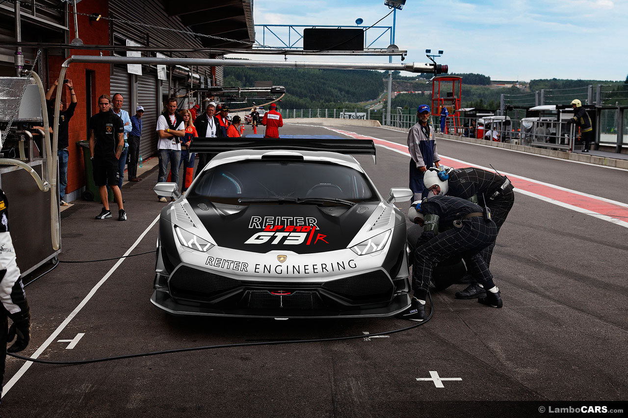 lamborghini huracan gt3 race car rendered autoevolution. Black Bedroom Furniture Sets. Home Design Ideas