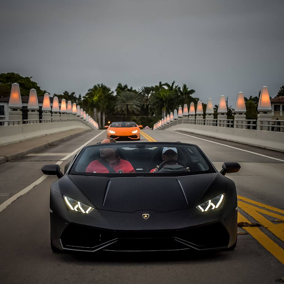 lamborghini huracan spyder hits miami why it can one up the aventador roadst. Black Bedroom Furniture Sets. Home Design Ideas