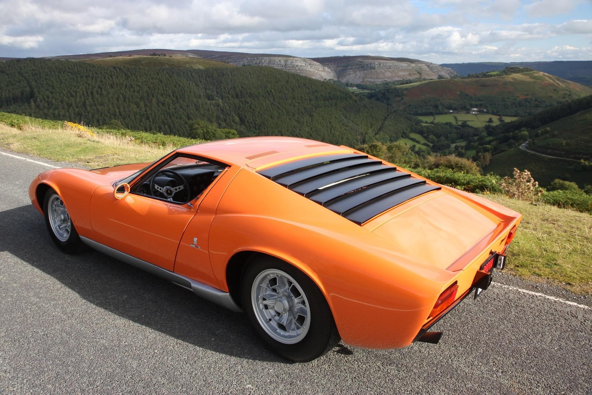 Lamborghini Miura From The Italian Job Is Up For Grabs Autoevolution