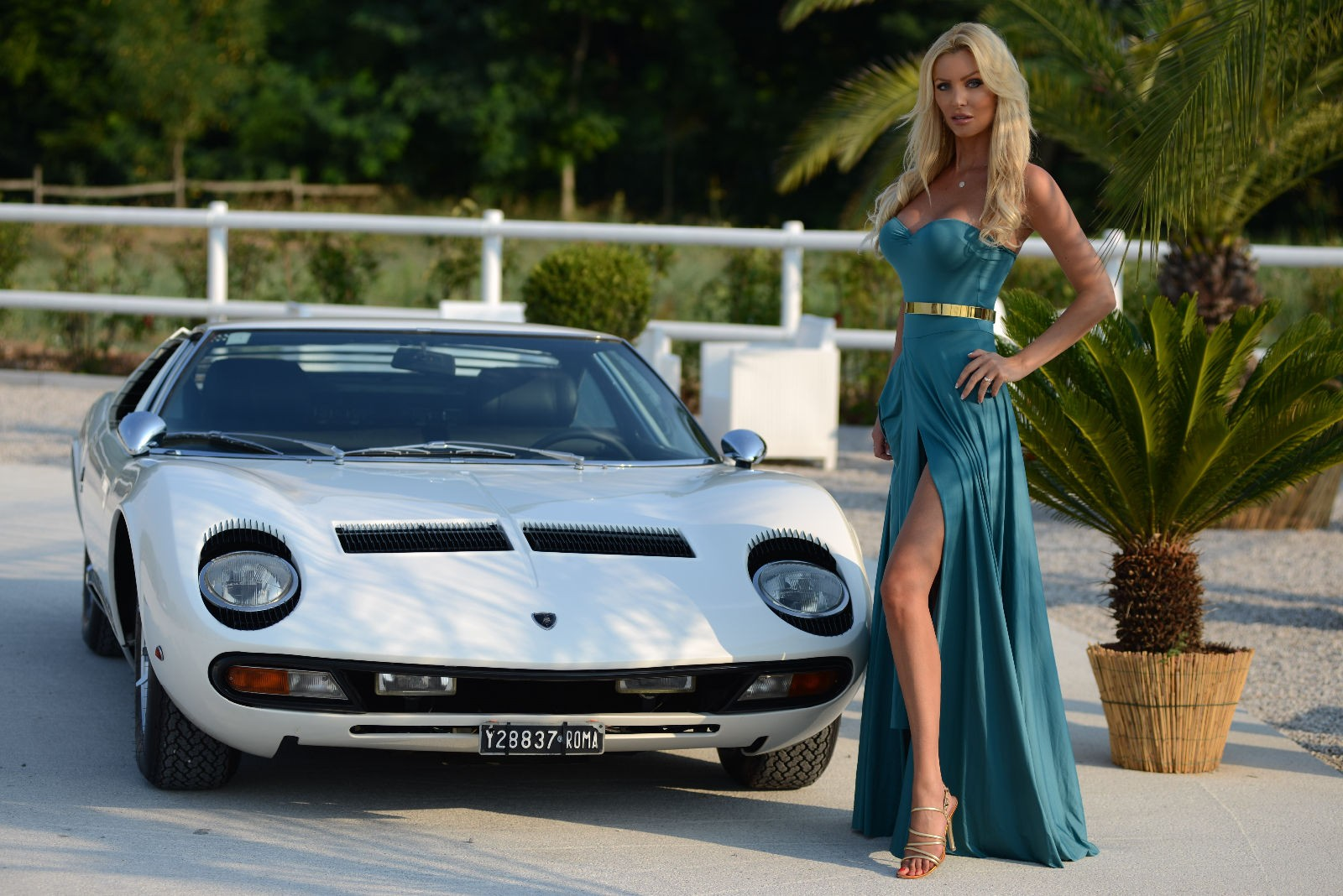Lamborghini Miura P400s For Sale For 3 Million Euros
