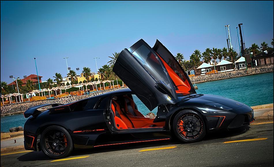Lamborghini Murcielago Gets Bold Custom Treatment