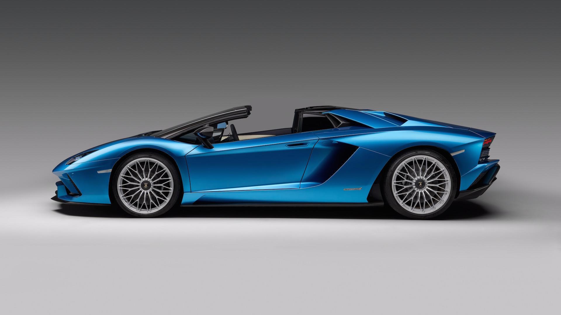 ... 2018 Lamborghini Aventador S Roadster ...