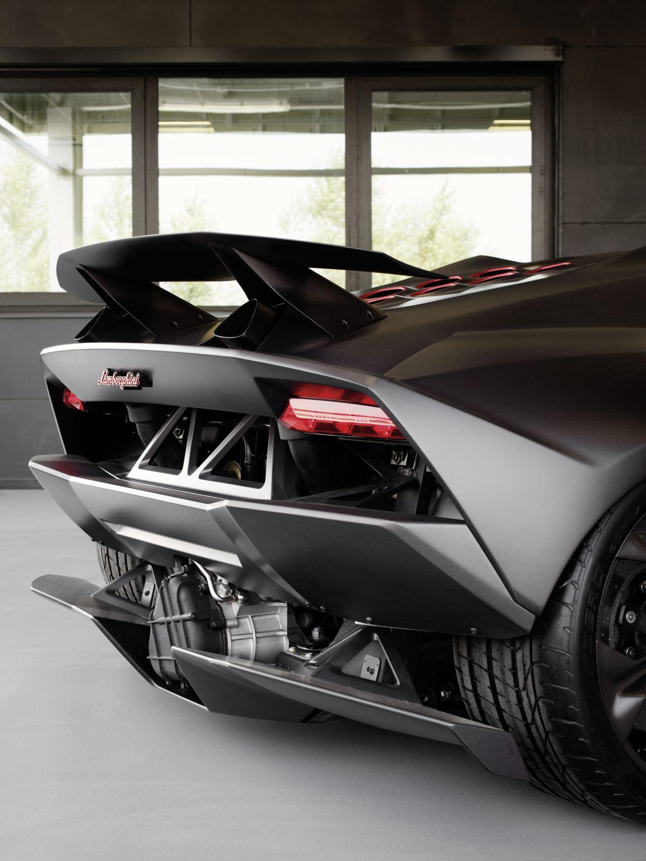 Lamborghini Sesto Elemento Production Detailed Autoevolution
