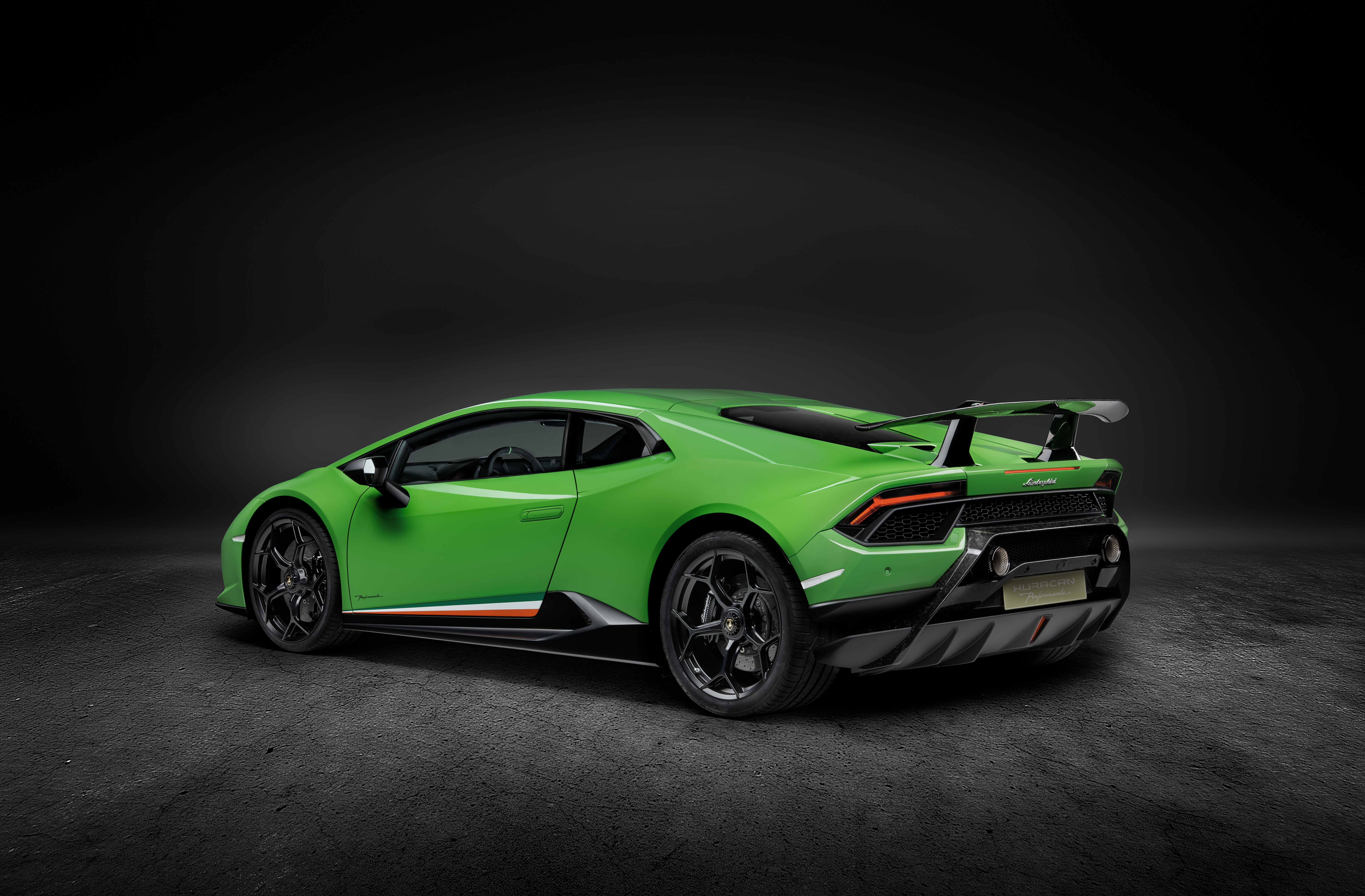 lamborghini stands by huracan performante 39 ring lap admits using better tires autoevolution. Black Bedroom Furniture Sets. Home Design Ideas