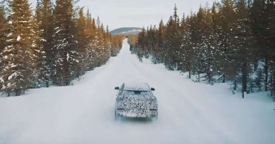 Lamborghini shows off 'Neve' snow mode in the Urus