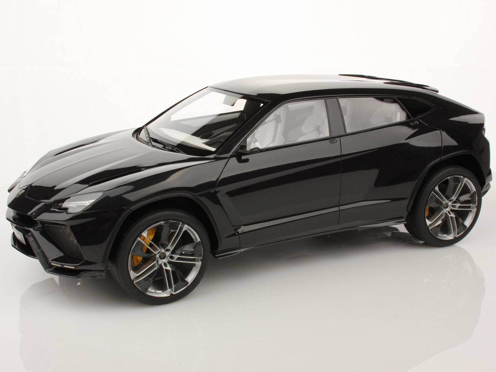 lamborghini urus production officially confirmed for 2018 autoevolution. Black Bedroom Furniture Sets. Home Design Ideas