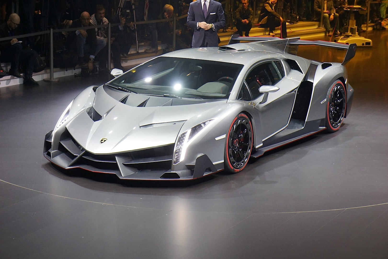 Lamborghini Veneno Named World\'s Ugliest Car - autoevolution