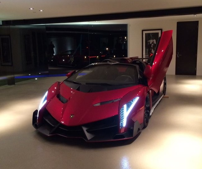 Lamborghini Veneno For Sale >> Lamborghini Veneno Up for Sale with 112 Miles, It's a ...
