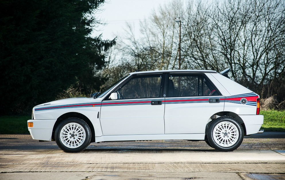 lancia delta hf integrale turbo martini 5 heading to auction autoevolution. Black Bedroom Furniture Sets. Home Design Ideas
