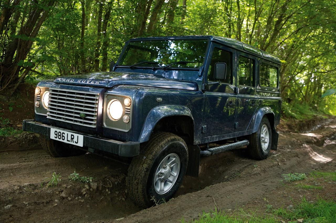 Land Rover Presents The 2011 Defender Range Autoevolution