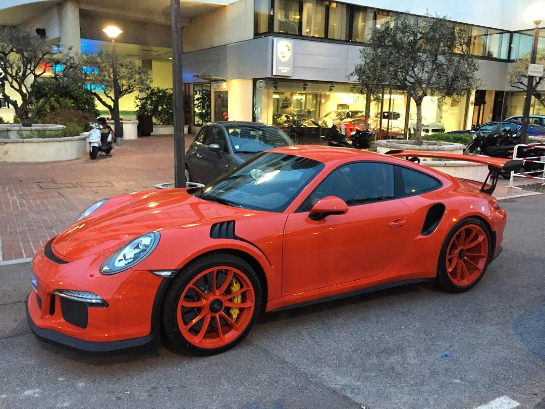 Lava Orange Mclaren >> Lava Orange Porsche 911 GT3 RS Gets Lava Orange Rims, Is It Too Much? - autoevolution